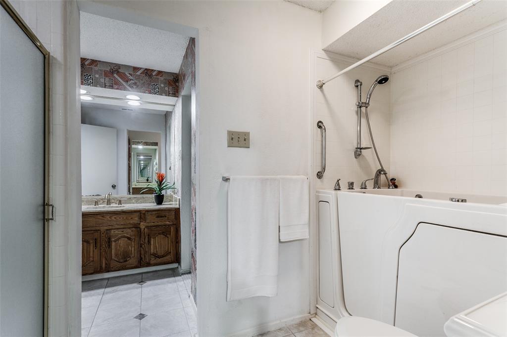3122 San Sebastian  Drive, Carrollton, Texas 75006 - acquisto real estate best real estate company in frisco texas real estate showings