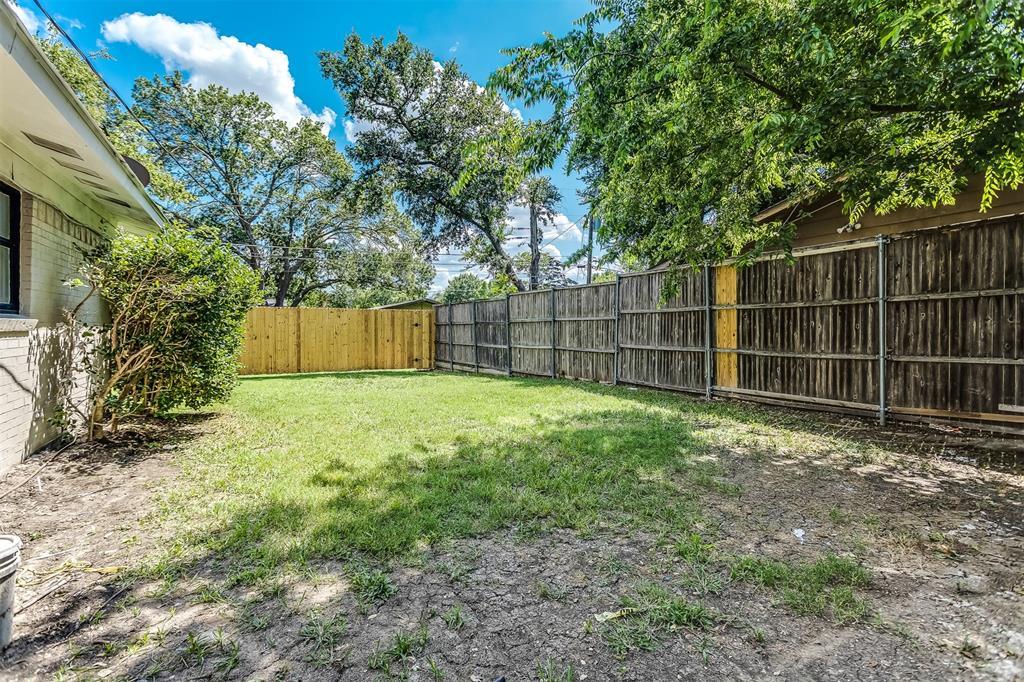 3036 Silverton  Drive, Dallas, Texas 75229 - acquisto real estate best negotiating realtor linda miller declutter realtor