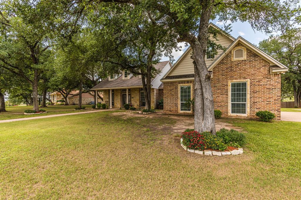 211 Bolton  Circle, West, Texas 76691 - acquisto real estate best prosper realtor susan cancemi windfarms realtor