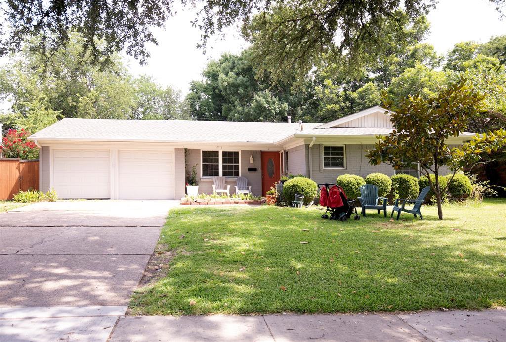 2917 Esterbrook  Drive, Farmers Branch, Texas 75234 - Acquisto Real Estate best frisco realtor Amy Gasperini 1031 exchange expert