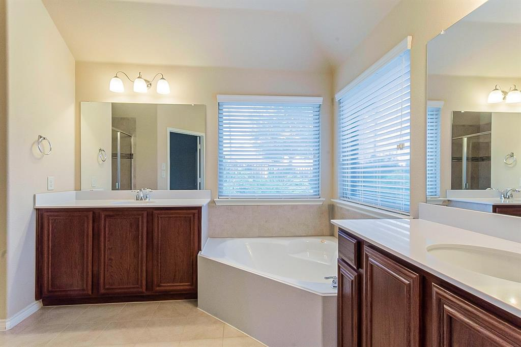 5025 Hidden Creek  Road, Garland, Texas 75043 - acquisto real estate best flower mound realtor jody daley lake highalands agent of the year