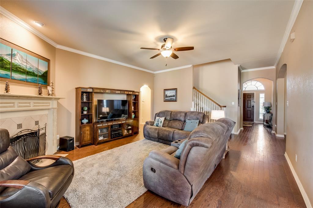 5709 Eagle Mountain  Drive, Denton, Texas 76226 - acquisto real estate best prosper realtor susan cancemi windfarms realtor