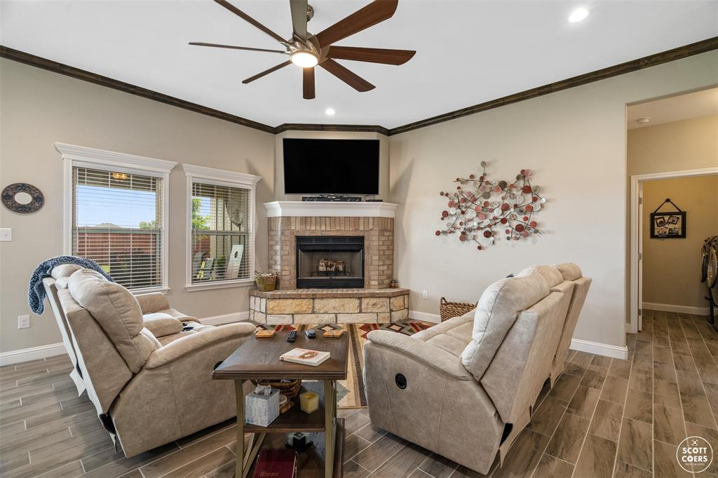 1504 Southgate  Drive, Brownwood, Texas 76801 - acquisto real estate best flower mound realtor jody daley lake highalands agent of the year