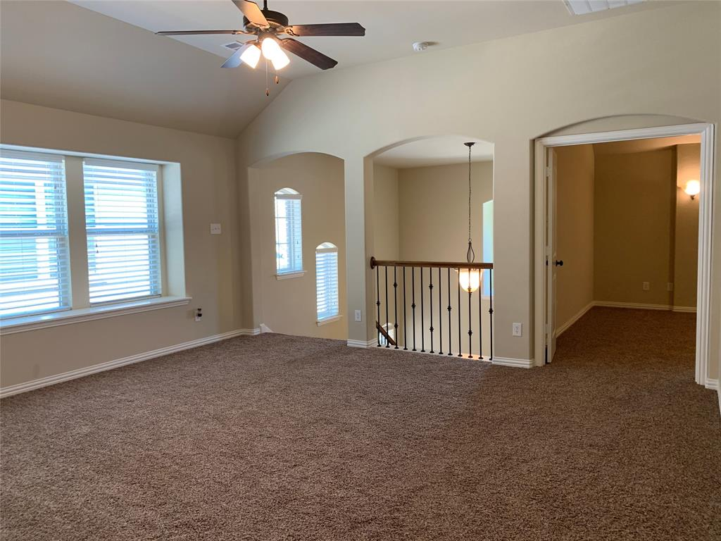 424 Spring Creek  Drive, Argyle, Texas 76226 - acquisto real estate best photos for luxury listings amy gasperini quick sale real estate