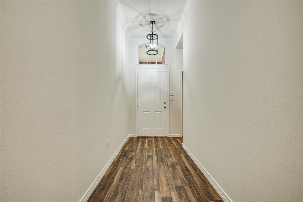 5913 Meadowglen  Drive, Denton, Texas 76226 - acquisto real estate best allen realtor kim miller hunters creek expert