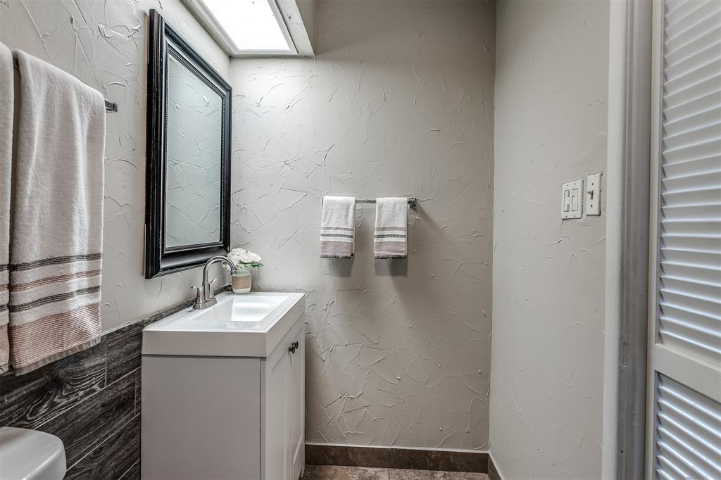 3036 Silverton  Drive, Dallas, Texas 75229 - acquisto real estate best listing photos hannah ewing mckinney real estate expert