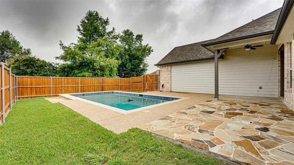 8206 Chesham  Drive, Rowlett, Texas 75088 - acquisto real estate best looking realtor in america shana acquisto