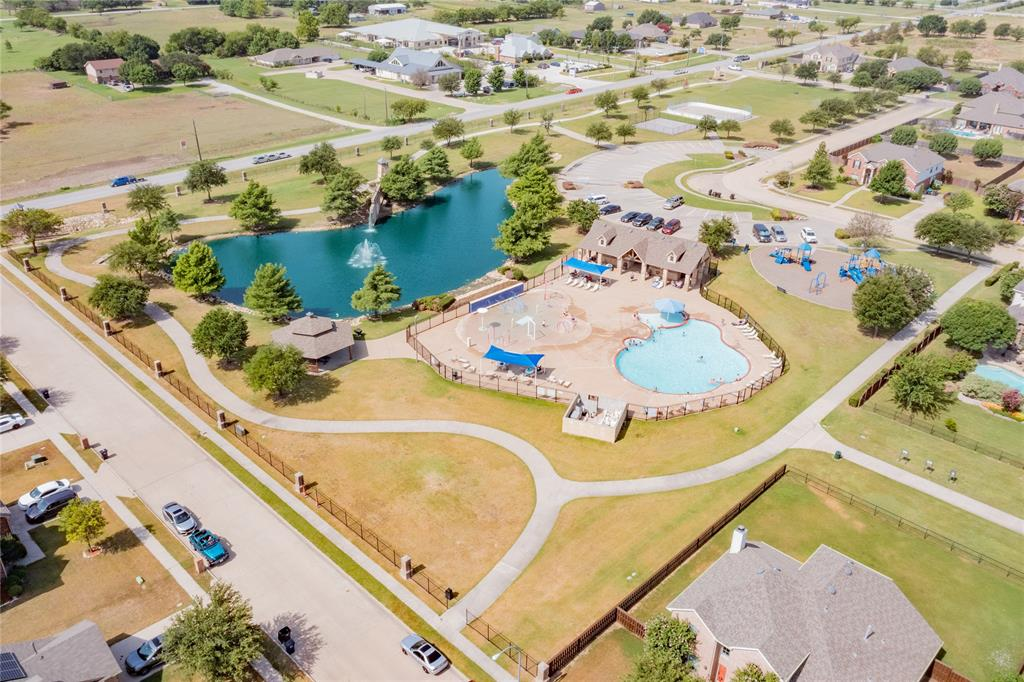 14344 Broomstick  Road, Fort Worth, Texas 76052 - acquisto real estate agent of the year mike shepherd