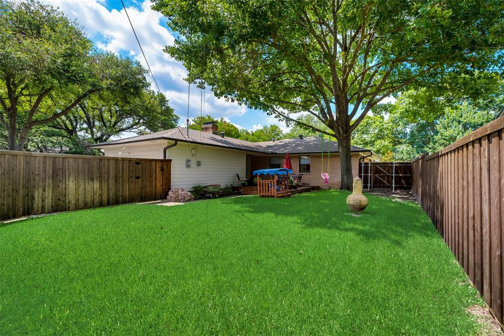 925 Teakwood  Drive, Richardson, Texas 75080 - acquisto real estate best photos for luxury listings amy gasperini quick sale real estate