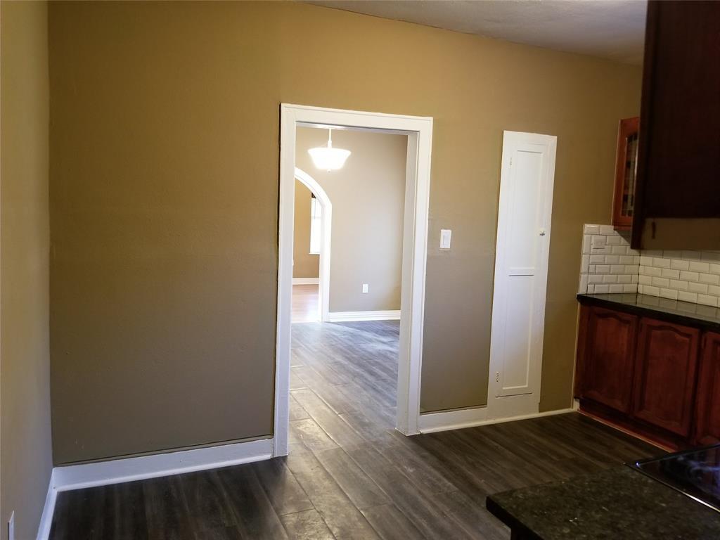 1633 Poplar  Street, Dallas, Texas 75215 - acquisto real estate best celina realtor logan lawrence best dressed realtor