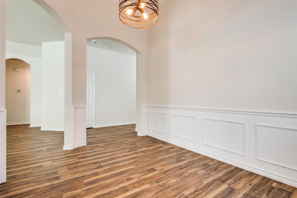 5913 Meadowglen  Drive, Denton, Texas 76226 - acquisto real estate best prosper realtor susan cancemi windfarms realtor