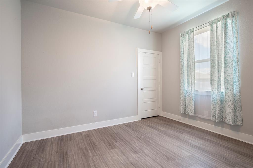9 Bluebird  Lane, Sanger, Texas 76266 - acquisto real estate best frisco real estate broker in texas for high net worth buyers
