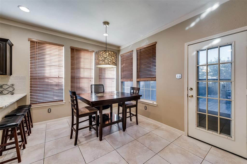 6319 Pierce Arrow  Drive, Arlington, Texas 76001 - acquisto real estate best highland park realtor amy gasperini fast real estate service