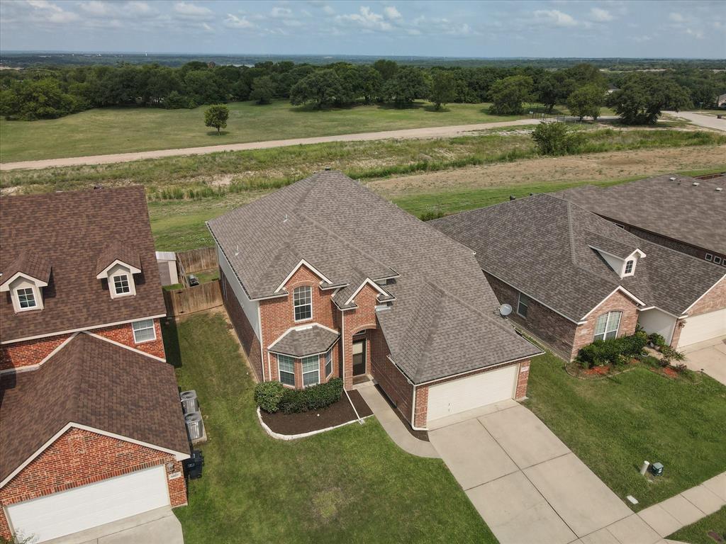 4821 Lemon Grove  Drive, Fort Worth, Texas 76135 - acquisto real estate mvp award real estate logan lawrence