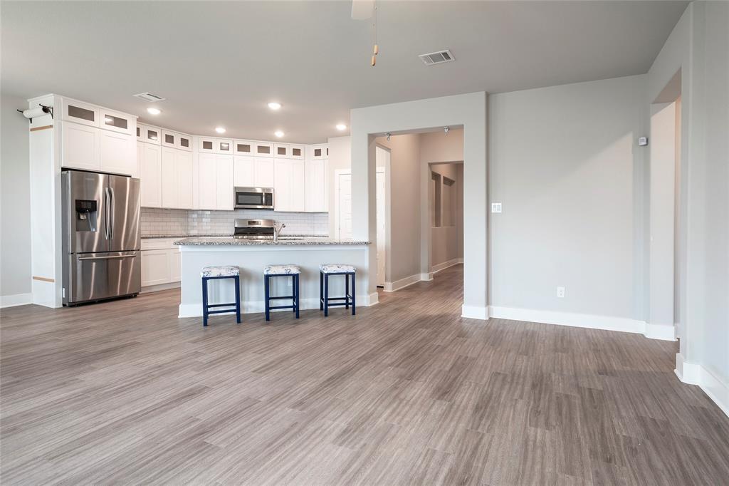 9 Bluebird  Lane, Sanger, Texas 76266 - acquisto real estate best the colony realtor linda miller the bridges real estate