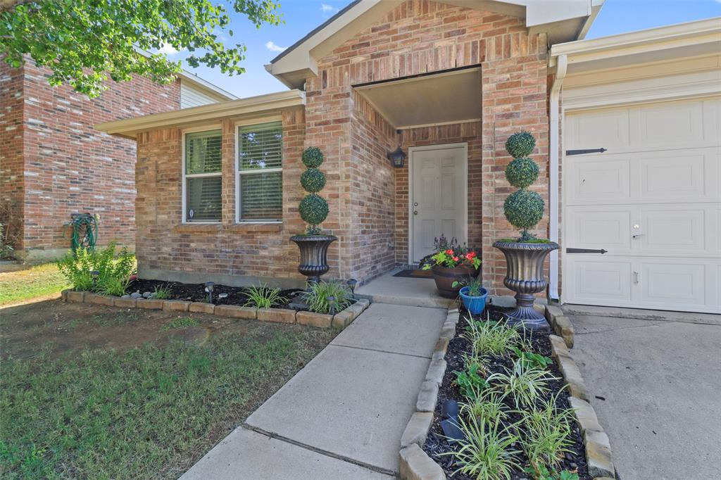 16600 Jasmine Springs  Drive, Fort Worth, Texas 76247 - Acquisto Real Estate best plano realtor mike Shepherd home owners association expert