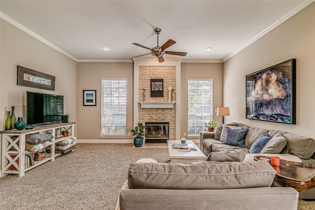 7308 Spring Oak  Drive, North Richland Hills, Texas 76182 - acquisto real estate best photos for luxury listings amy gasperini quick sale real estate