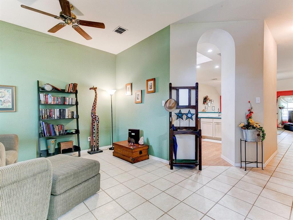 2830 Oakdale  Drive, Burleson, Texas 76028 - acquisto real estate best celina realtor logan lawrence best dressed realtor