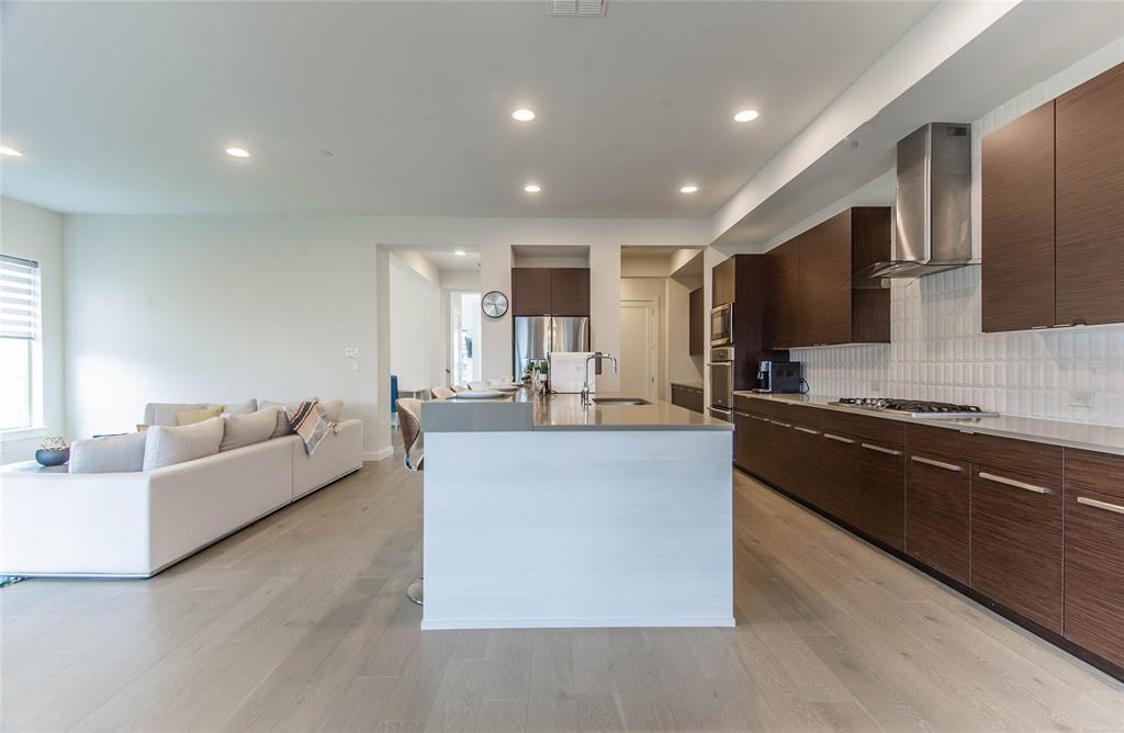 5485 Statesman Lane  Frisco, Texas 75036 - acquisto real estate best prosper realtor susan cancemi windfarms realtor