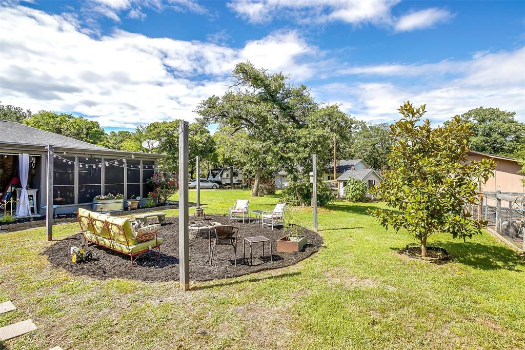 1010 Yvonne  Drive, Joshua, Texas 76058 - acquisto real estate best real estate follow up system katy mcgillen