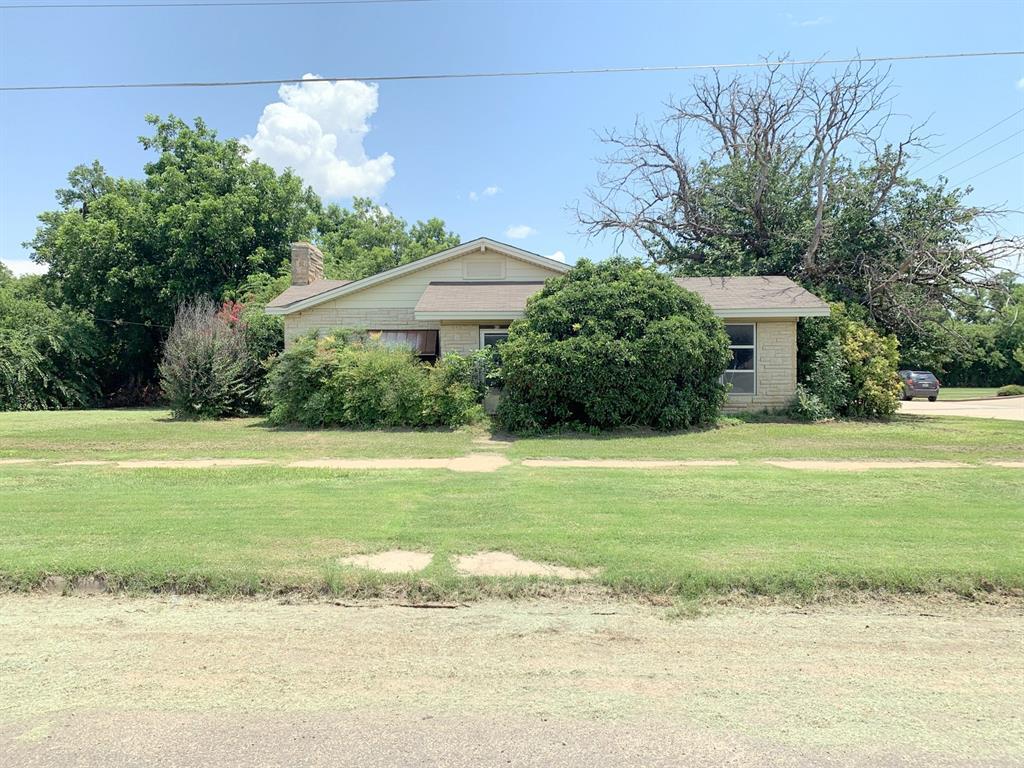 410 Munday  Avenue, Munday, Texas 76371 - Acquisto Real Estate best frisco realtor Amy Gasperini 1031 exchange expert