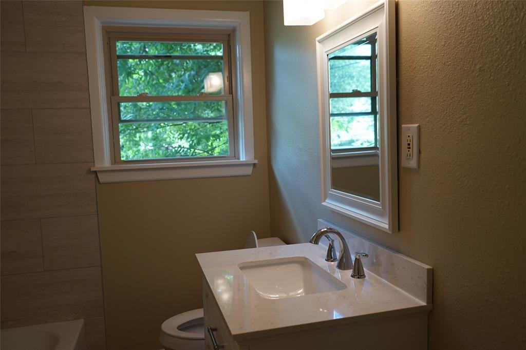601 Circle  Drive, Arlington, Texas 76010 - acquisto real estate best highland park realtor amy gasperini fast real estate service