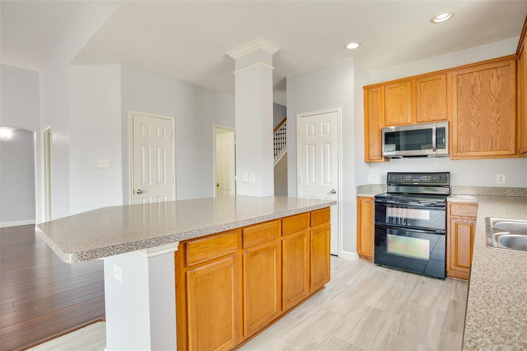 5712 Westgate  Drive, Fort Worth, Texas 76179 - acquisto real estate best real estate company to work for