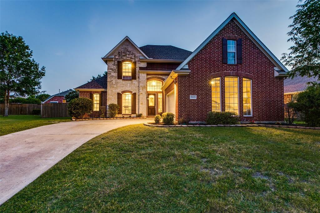 9009 Royal Burgess  Drive, Rowlett, Texas 75089 - Acquisto Real Estate best frisco realtor Amy Gasperini 1031 exchange expert
