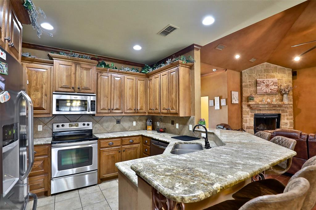 517 Beretta  Abilene, Texas 79602 - acquisto real estate best celina realtor logan lawrence best dressed realtor