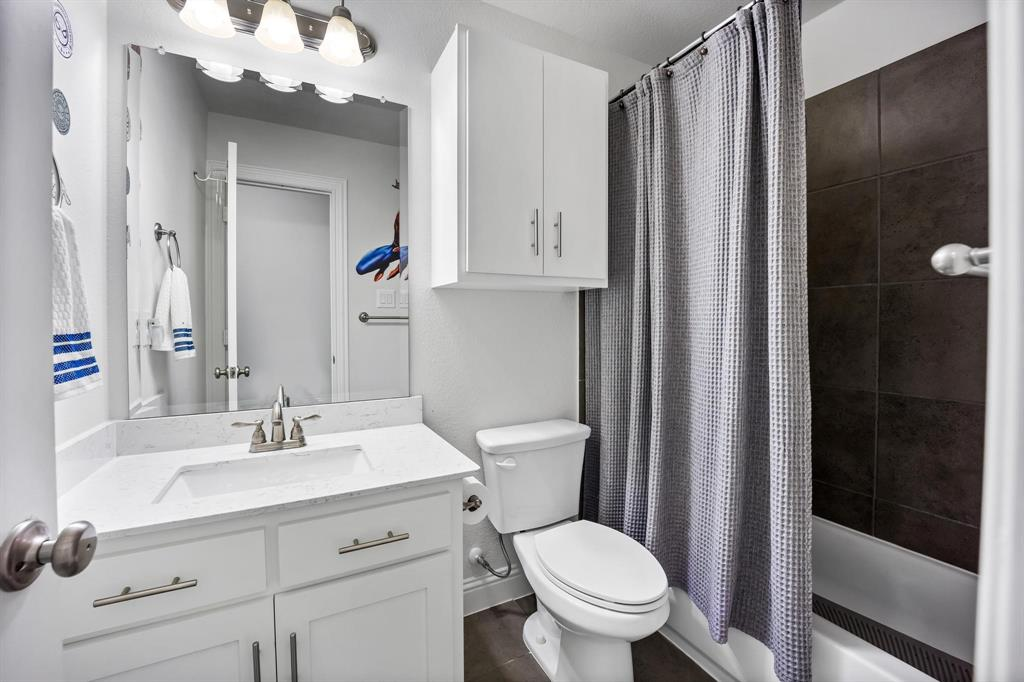 8251 Lindsay  Gardens, The Colony, Texas 75056 - acquisto real estate best listing agent in the nation shana acquisto estate realtor