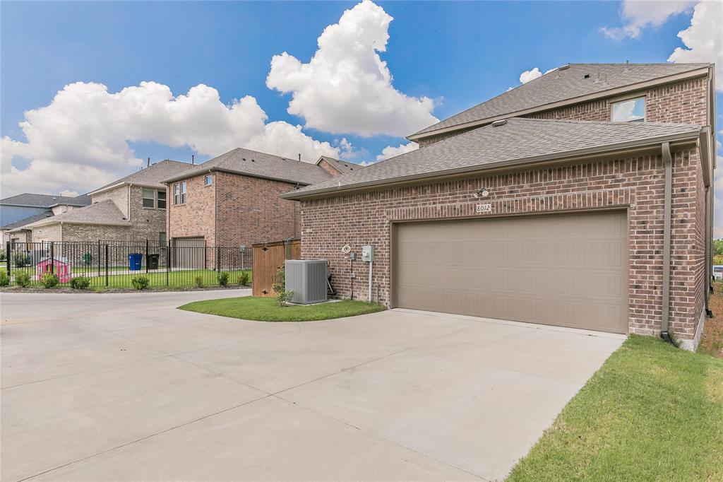 8012 Glastonbury  Drive, Frisco, Texas 75035 - Acquisto Real Estate best frisco realtor Amy Gasperini 1031 exchange expert
