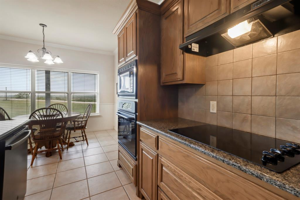 4760 Bonnie Brae  Street, Denton, Texas 76207 - acquisto real estate best designer and realtor hannah ewing kind realtor