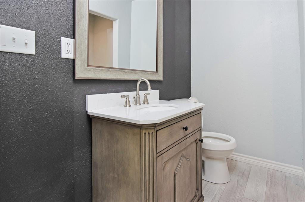 1207 Se 2nd  Avenue, Mineral Wells, Texas 76067 - acquisto real estate best listing agent in the nation shana acquisto estate realtor