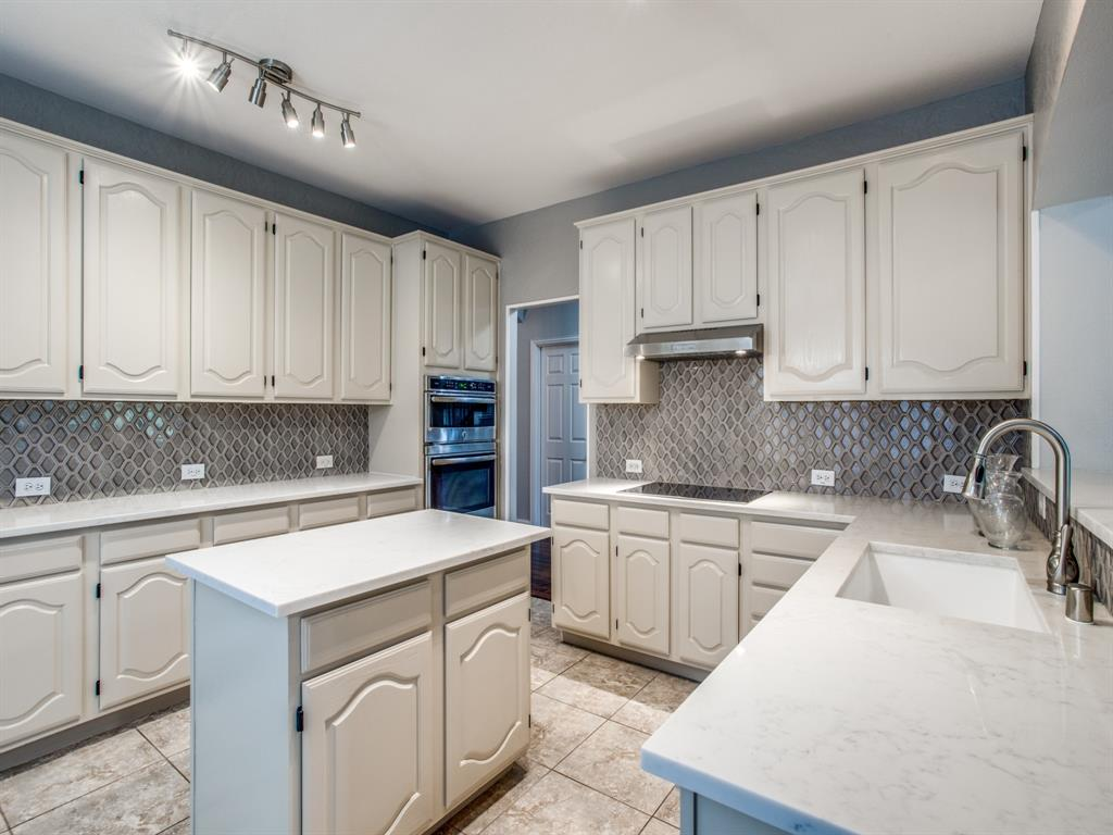 4901 Plantation  Lane, Frisco, Texas 75035 - acquisto real estate best listing agent in the nation shana acquisto estate realtor