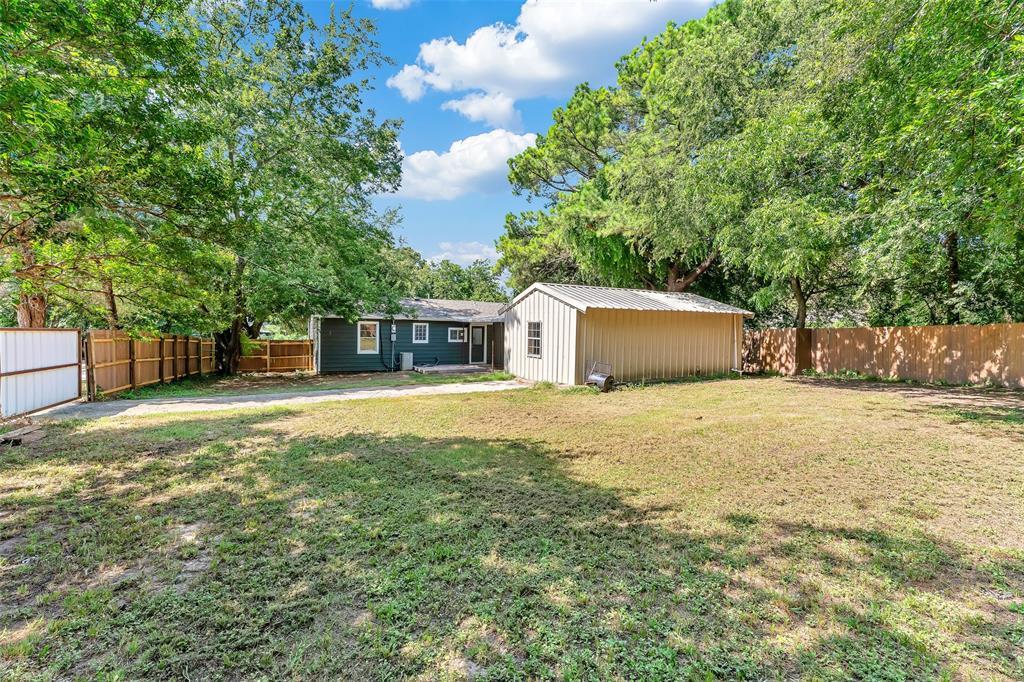 617 Alfred  Drive, Azle, Texas 76020 - acquisto real estate smartest realtor in america shana acquisto