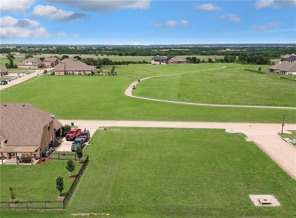 1715 Eagle Glen  Pass, Gunter, Texas 75058 - Acquisto Real Estate best plano realtor mike Shepherd home owners association expert