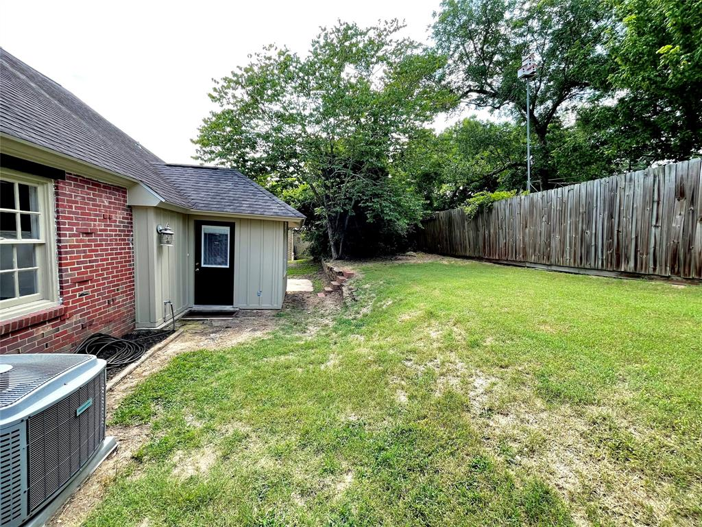 104 Red Oak  Henderson, Texas 75654 - acquisto real estate best style realtor kim miller best real estate reviews dfw