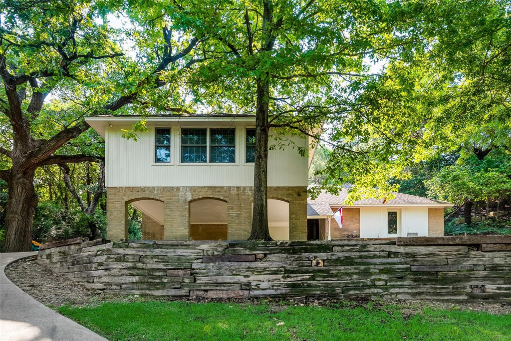 902 Sleepy Hollow  Drive, Cedar Hill, Texas 75104 - Acquisto Real Estate best frisco realtor Amy Gasperini 1031 exchange expert