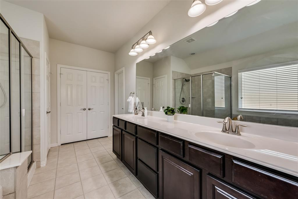 7437 Lowline  Drive, Fort Worth, Texas 76131 - acquisto real estate best realtor foreclosure real estate mike shepeherd walnut grove realtor