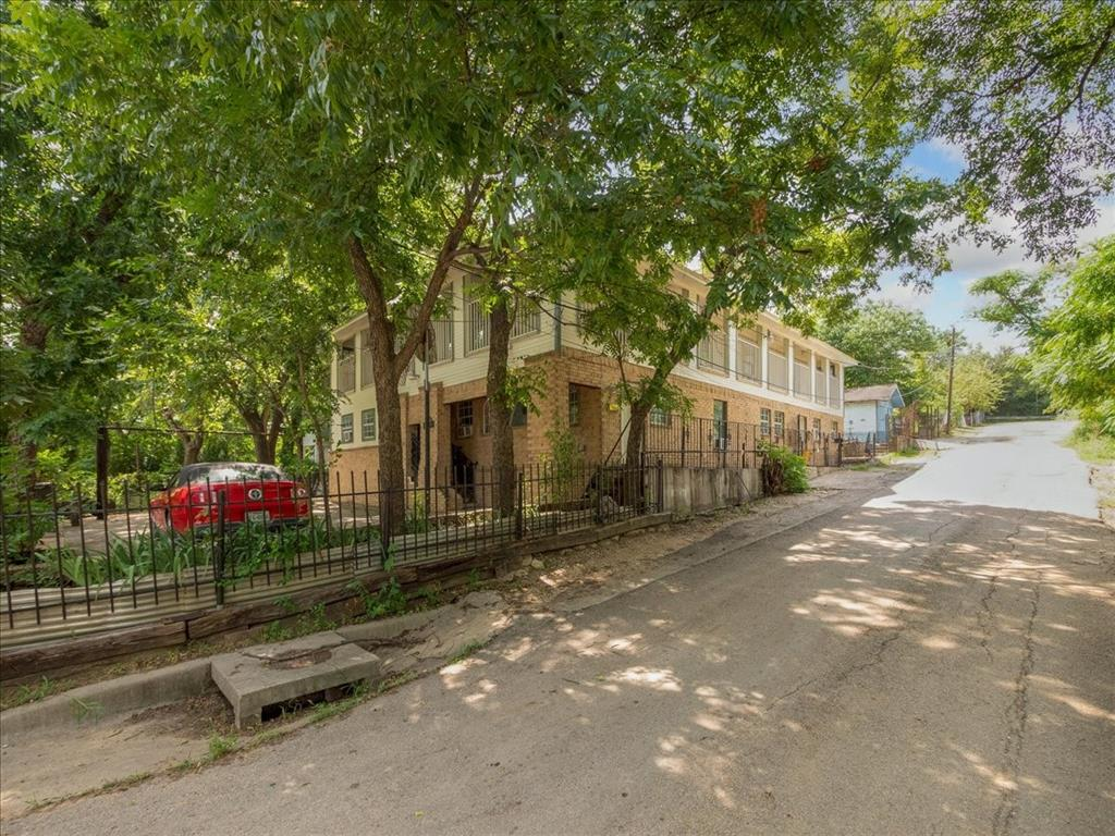 1850 Pollard  Street, Dallas, Texas 75208 - Acquisto Real Estate best plano realtor mike Shepherd home owners association expert
