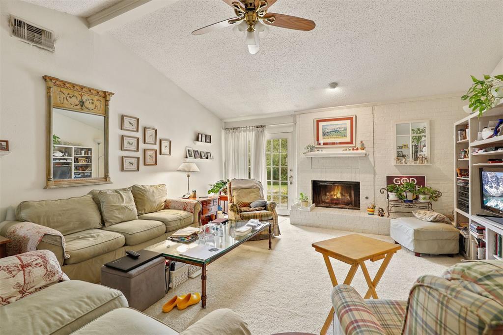 2522 Rosebud  Court, Carrollton, Texas 75006 - acquisto real estate best prosper realtor susan cancemi windfarms realtor