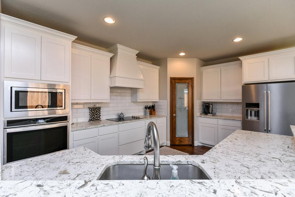 7901 KATHY ANN  Court, Arlington, Texas 76001 - acquisto real estate best real estate company in frisco texas real estate showings