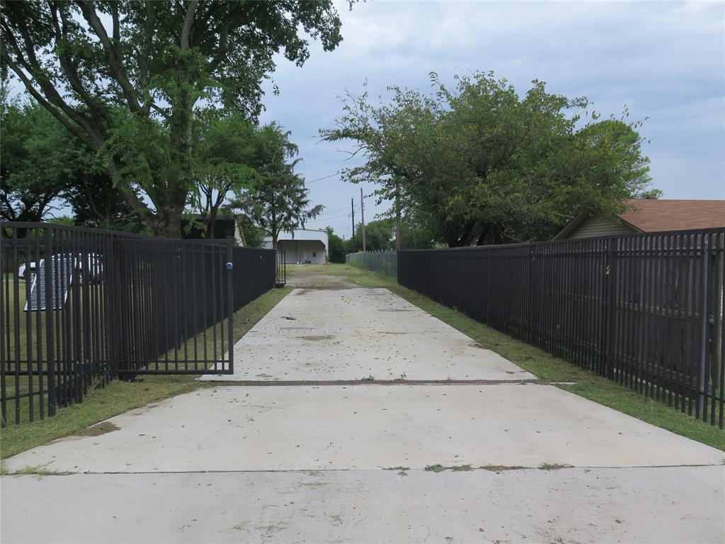 1245 Maxwell  Road, Haslet, Texas 76052 - Acquisto Real Estate best frisco realtor Amy Gasperini 1031 exchange expert