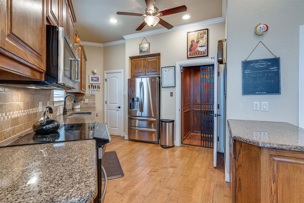 4924 Ridglea Hills  Court, Fort Worth, Texas 76116 - Acquisto Real Estate best frisco realtor Amy Gasperini 1031 exchange expert