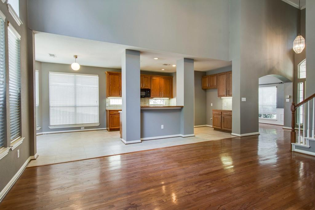2308 Balleybrooke  Drive, Lewisville, Texas 75077 - acquisto real estate best real estate company in frisco texas real estate showings