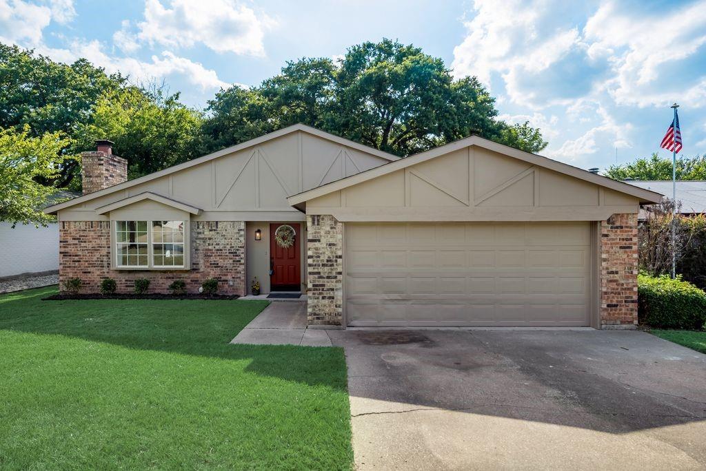 4712 Crest  Drive, Arlington, Texas 76017 - Acquisto Real Estate best frisco realtor Amy Gasperini 1031 exchange expert