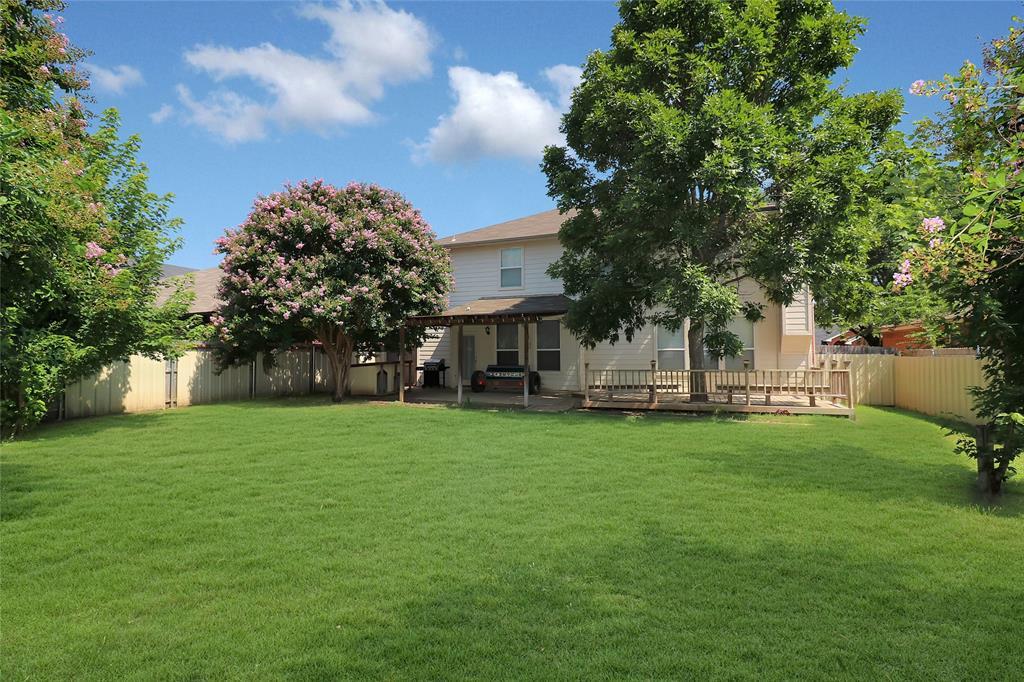 2208 Eden Green  Drive, Arlington, Texas 76001 - acquisto real estate best negotiating realtor linda miller declutter realtor
