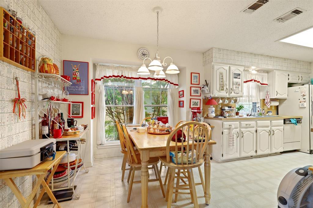 2522 Rosebud  Court, Carrollton, Texas 75006 - acquisto real estate best listing agent in the nation shana acquisto estate realtor