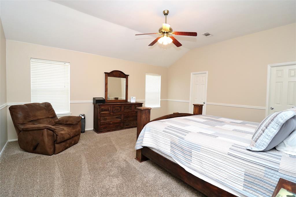 2208 Eden Green  Drive, Arlington, Texas 76001 - acquisto real estate best designer and realtor hannah ewing kind realtor