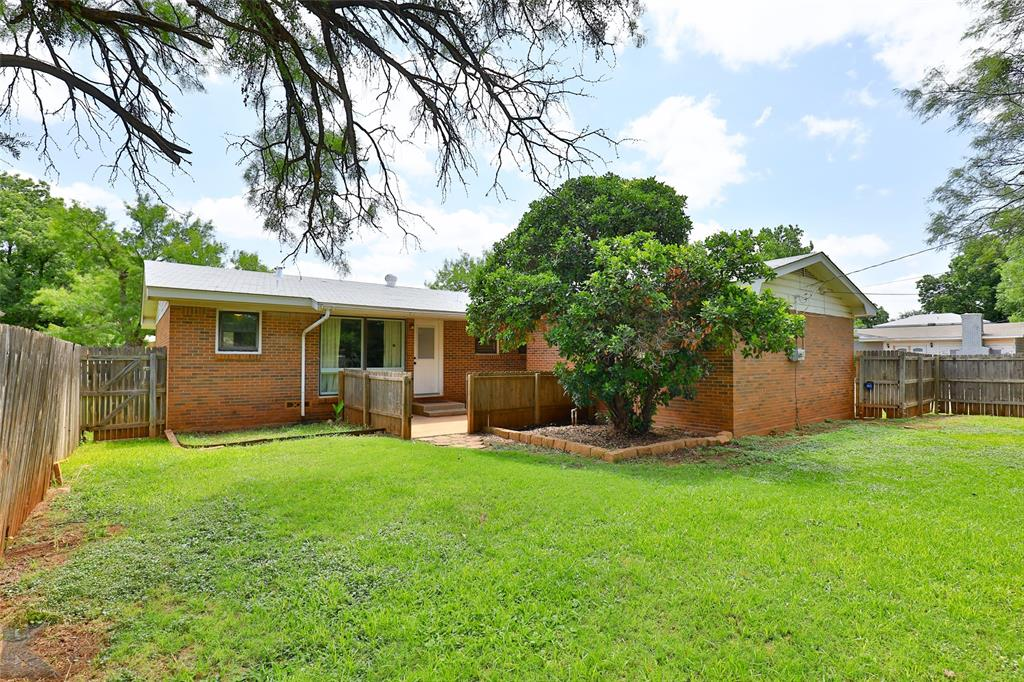 1402 Glenhaven  Drive, Abilene, Texas 79603 - acquisto real estate agent of the year mike shepherd